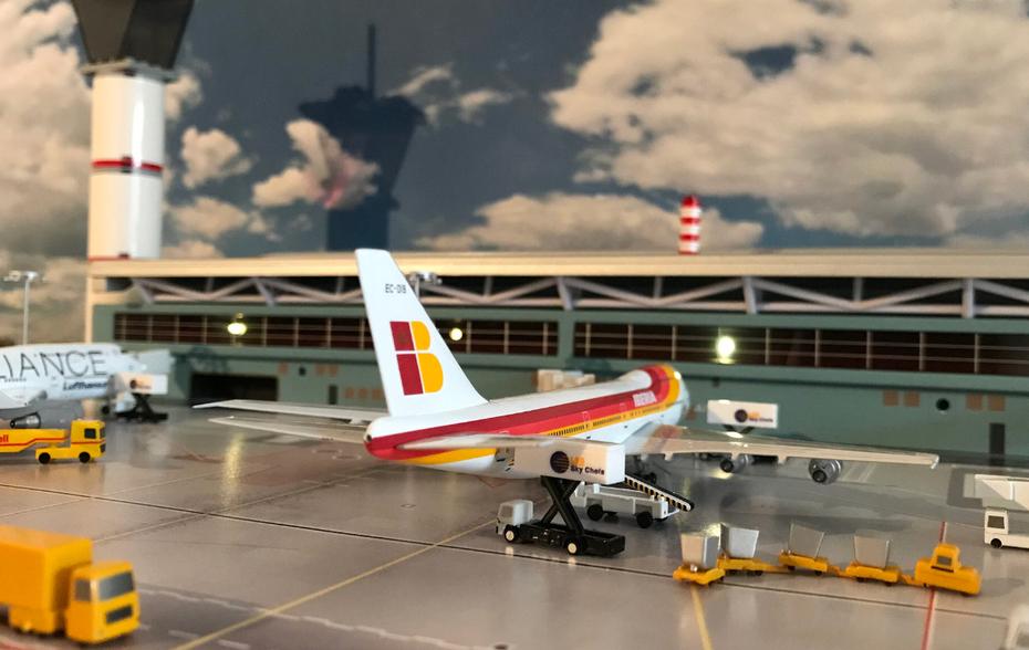 AC Iberia B747-200