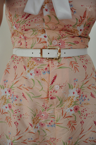 Pretty Dress - Ugly Buttonholes