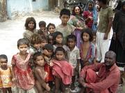 Children of Kanjar Community in the Jhuggi near Sangam Park beside the Dargah/grave of Hazrat Syed Shah( Mamu-Bhanje)