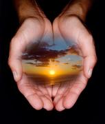 Hands holding horizon