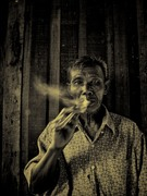 Old Man Ping Smoking Cheroot River 2009