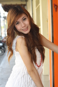 PORTRAIT : P' Mean in white dress