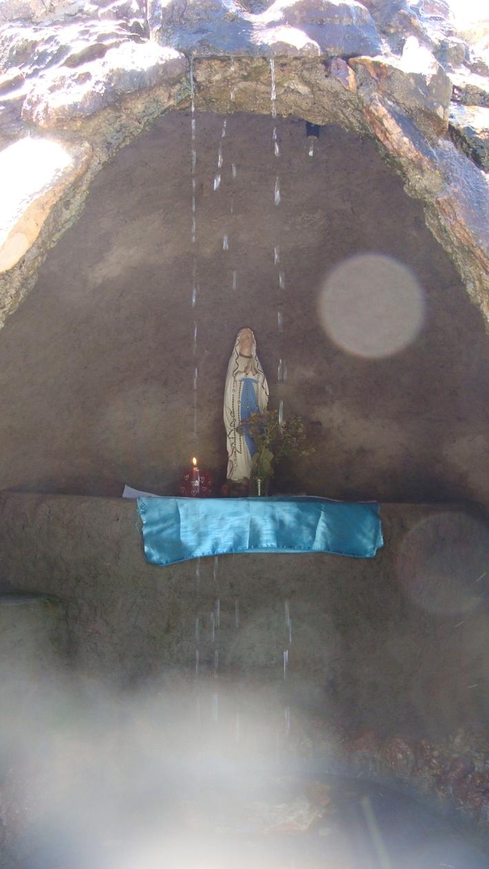 Nossa Senhora de Lourdes - Pireneus