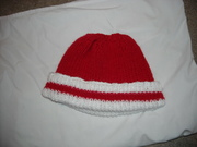 red and white beanie 001