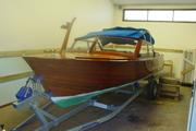 Båten på plats i garaget
