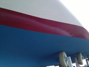 3 cm från sidan blir mycket bredare under båten
