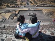 Karlita y yo ariba de la piramide del Sol