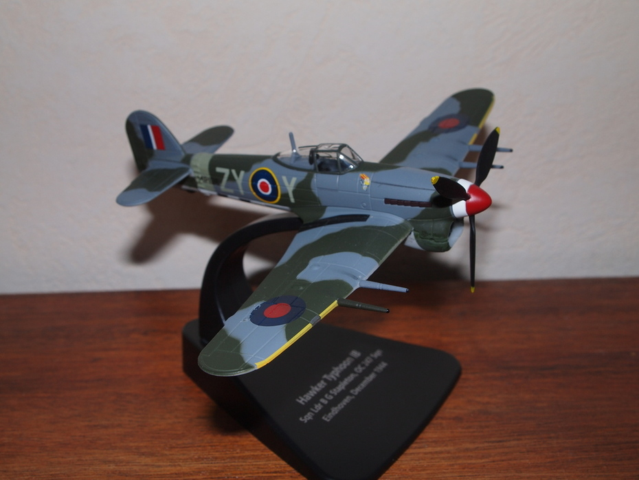 Hawker Typhoon Mk I b early type canopy