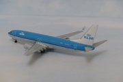 1:400 KLM 737-800 by Witty Wings