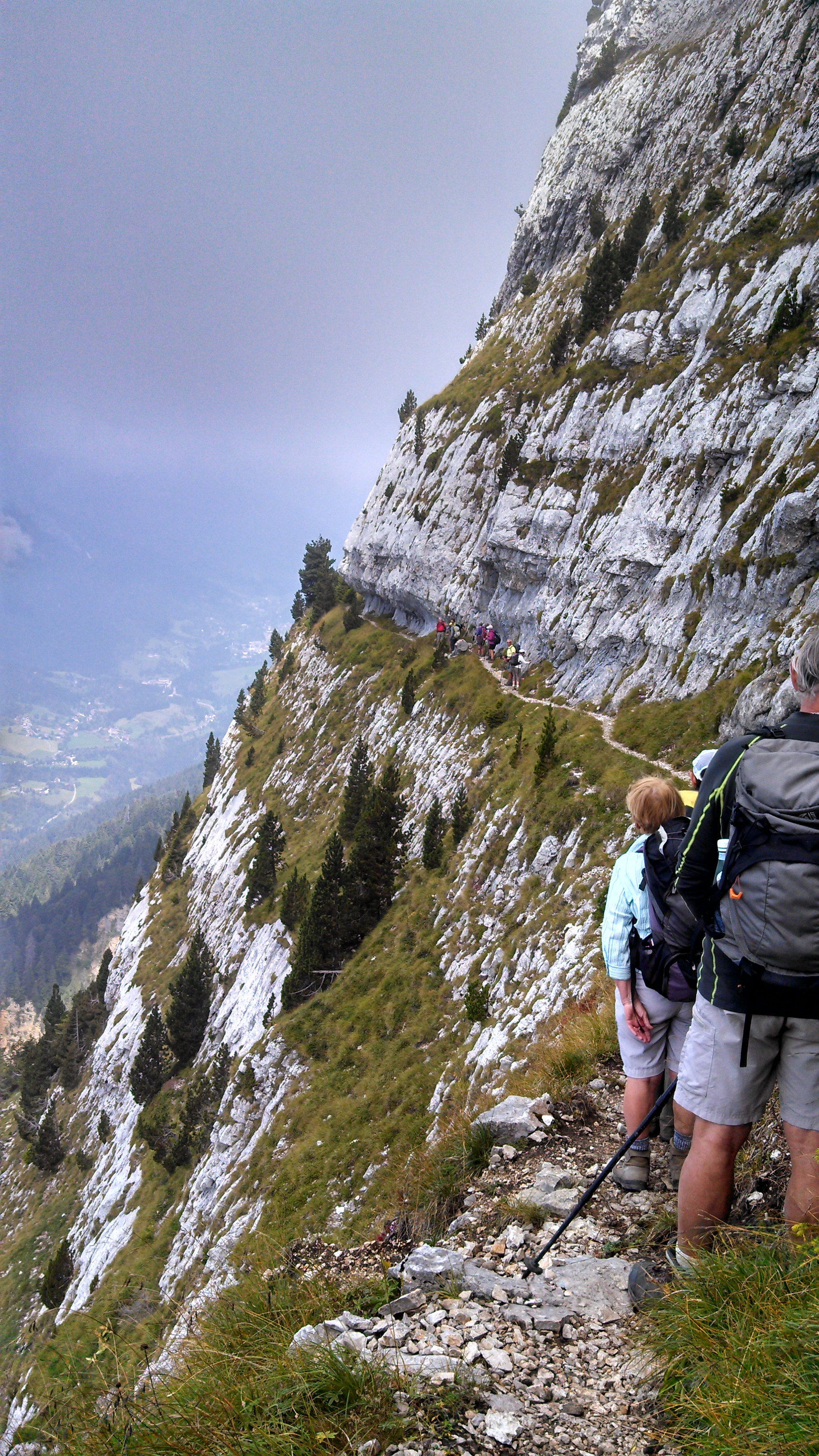 Hiking the Narrow trails (French alps near Grenoble)