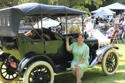 Gatsby dress with a vintage car