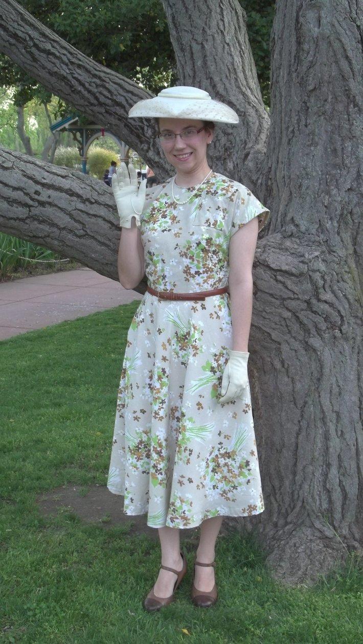 1940 Floral Bed Sheet Swing Dress