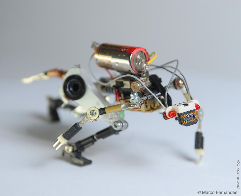#R³bot six SATJ ARTL