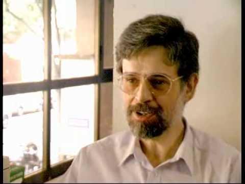 El pediatra Carlos González nos dice cuanto tiempo dar el pecho