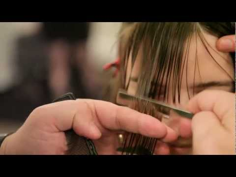 Gerard Scarpaci Cofounder Hairbrained | with the straight razor #hbQuikVid