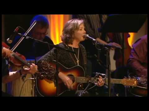 It's a Hard Life wherever you go - Nanci Griffith at Celtic Connections