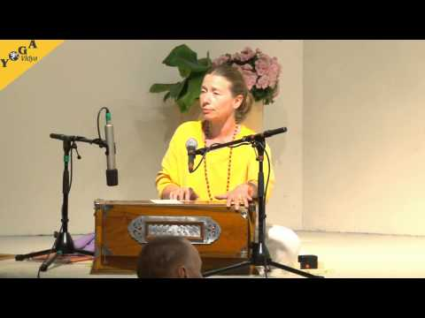 Mantra Chanting with Vani Devi: Om Sat Chit Ananda