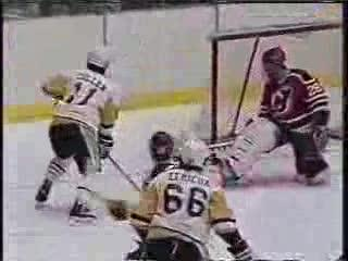 Lemieux Scores all 5 ways possible!