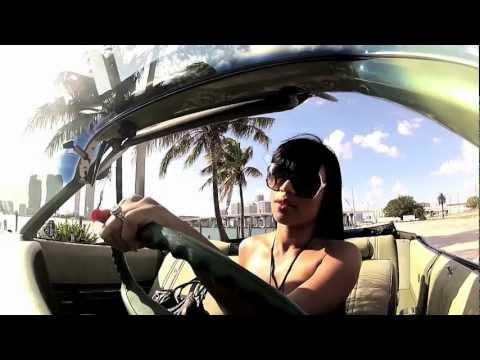 Blood Raw - She Rockin It (featuring Lanate)