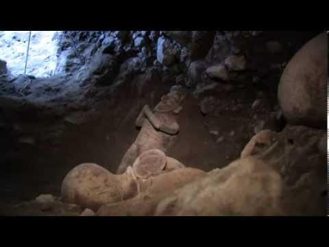 Descubren una Tumba de Tiro intacta en Colima