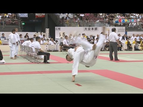 Men's semi-final in Saitama Sakae High School vs Kokushikan high school] 2016 fiscal gold eagle flag high school judo tournament
