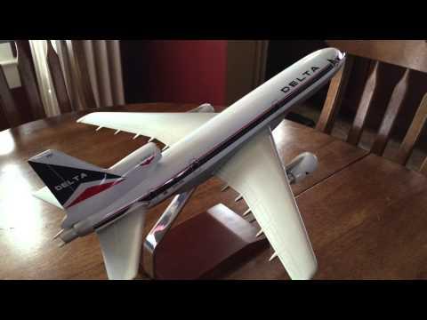 1:100 Delta L-1011