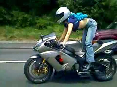 TOTAL HOTTIE ON A BIKE - MOTORCYLE