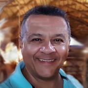 Pablo J Hernandez