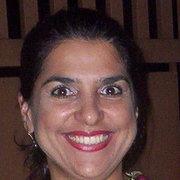 Adriana lira Menezes