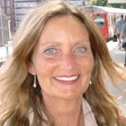 Nicky Carole