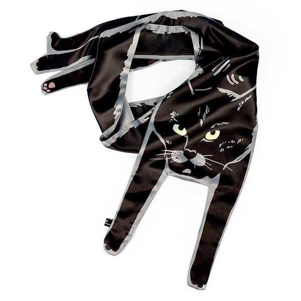 Cat Lover Scratch My Back Cat Scarf that Lets You Flaunt Your Style