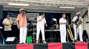 'SOUTH SIDE' JERRY - THE PLATINUM BAND AT CLARITON PARK