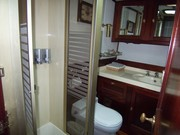 Sir Martin guest bathroom
