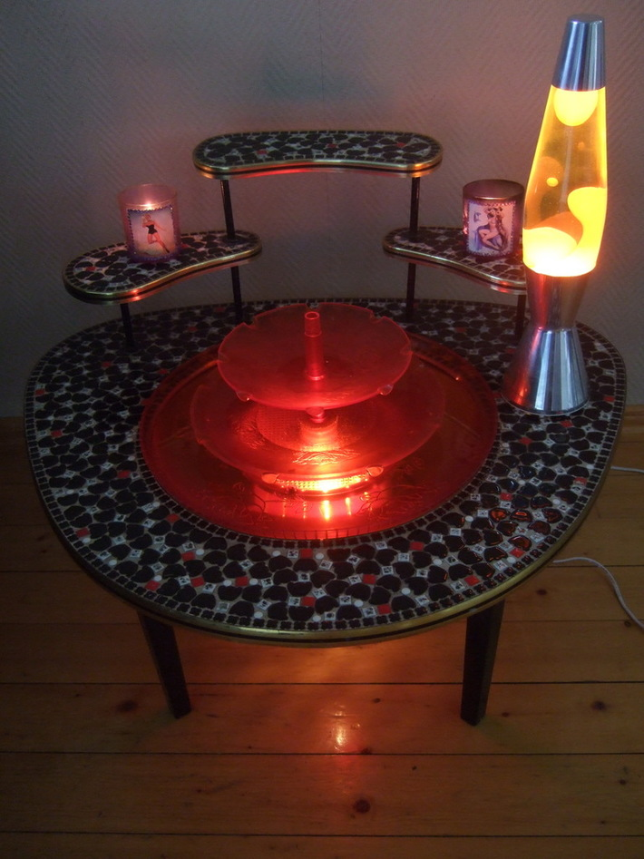 50's fountain table