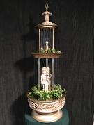 oil rain lamp fountain green background