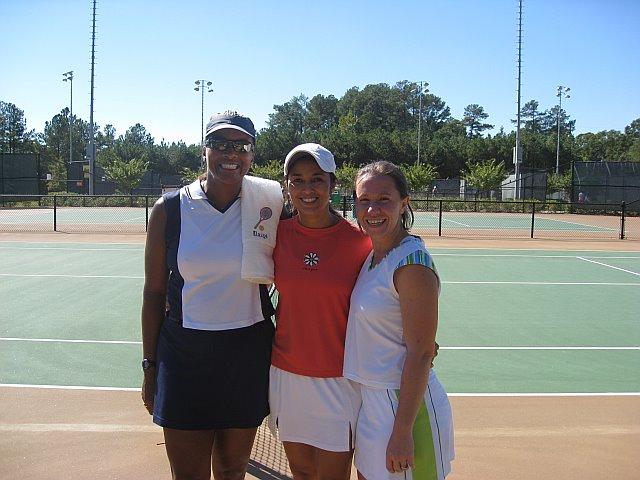 Elaine, Blanca & Amanda