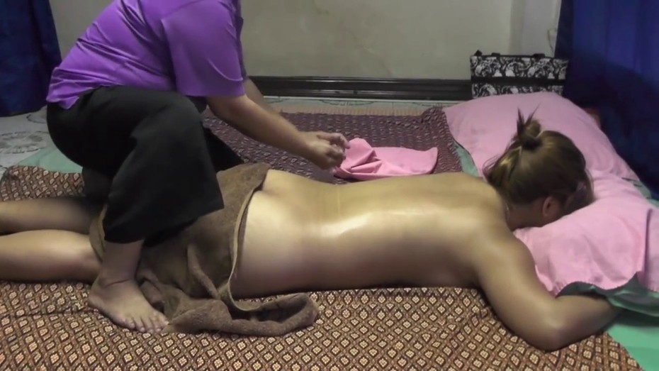 Full Body Massage by b2bspa