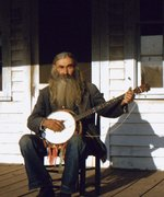 Bearded banjo player cropped 6x7