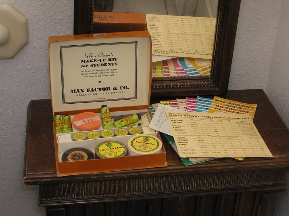 Vintage Max Factor Stage Makeup Kit