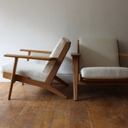 pair-of-hans-wegner-ge-290-lounge-chairs-24-TH
