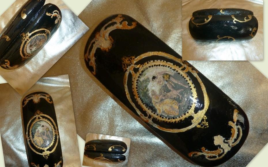 θήκη γυαλιών χρυσό-μαύρο