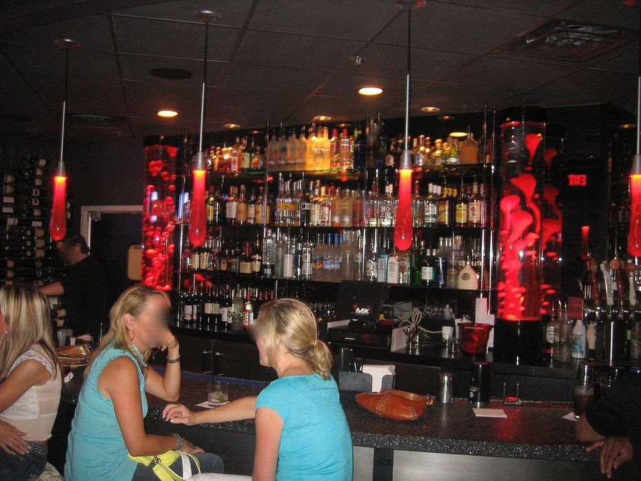 Custom Bar inlay