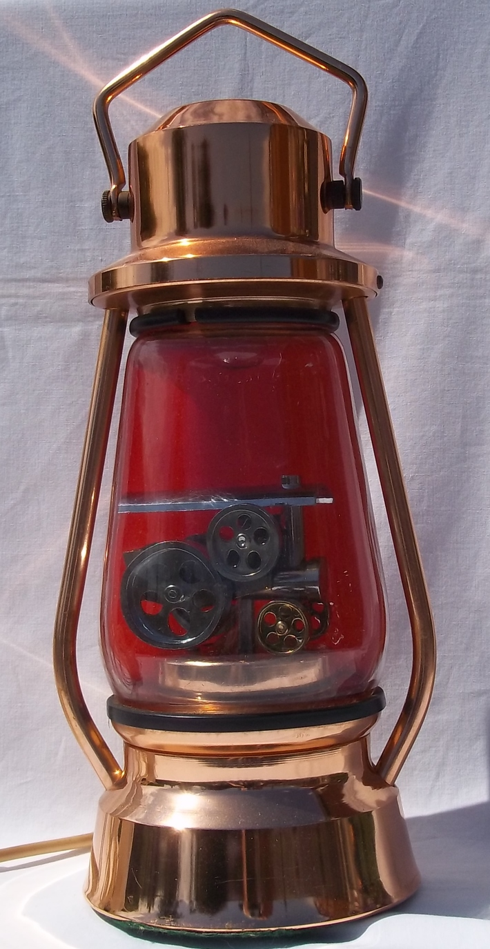 Crestworth Traction Lamp 1