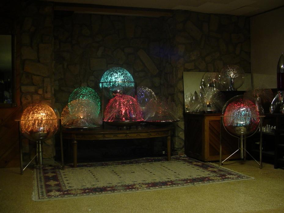 Large fiber optic lamps