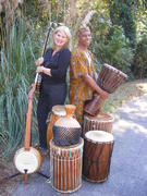 Drumming on the Edge of Banjo (Mary Z & Yazid)