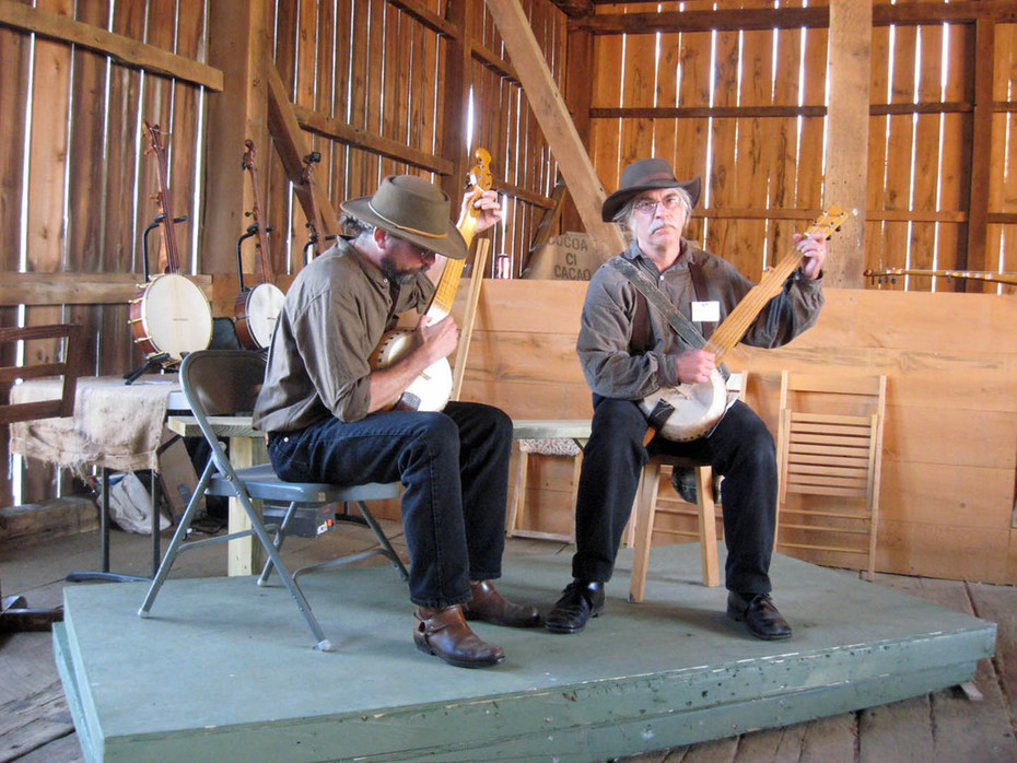 Paul Draper & Tim Twiss  - 2 Gourd banjos by Jay Moschella