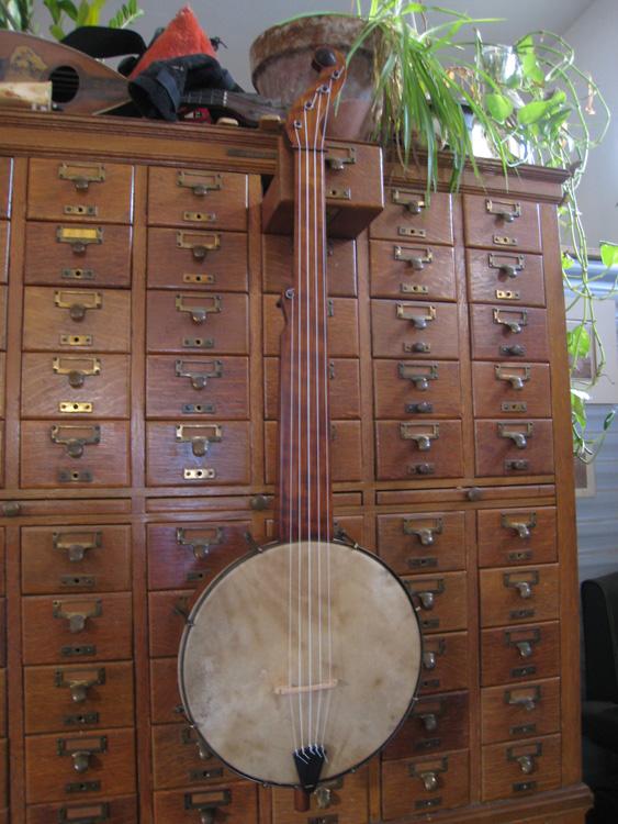 Ed's banjo, front