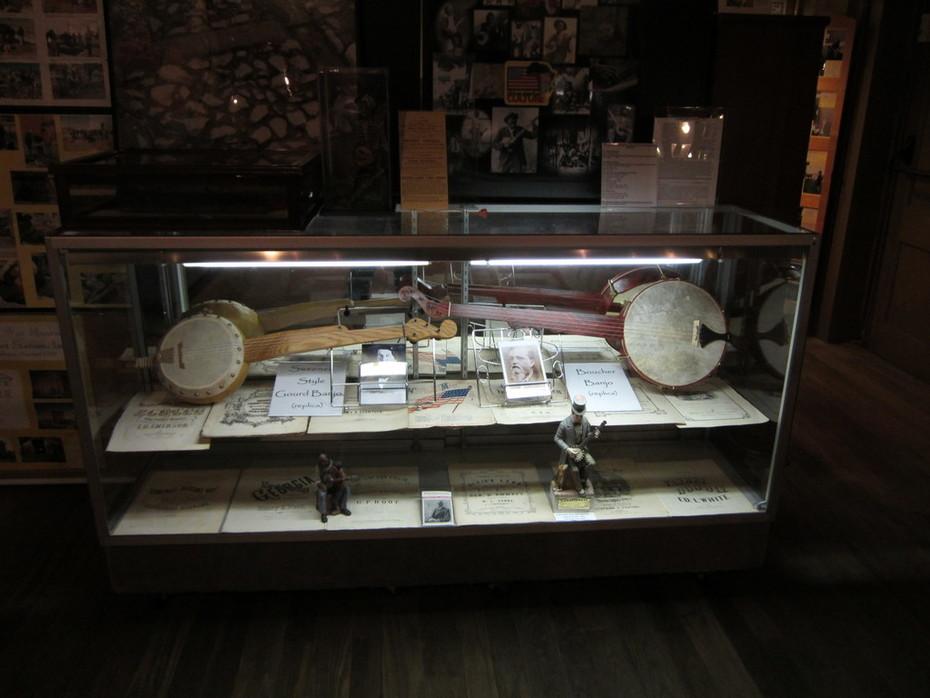 Bell Banjos In The Baltimore Civil War Museum