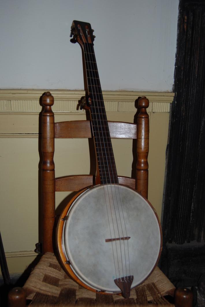Mike Wesley Ashborn Banjo Reproduction