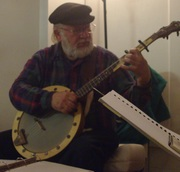 Dave with cherry-wood banjo-cc-3